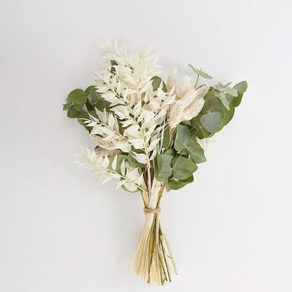 Emily Bouquet Dried flowers make a beautiful long lasting dried flowers