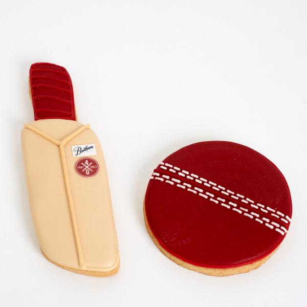 Cricket Bat & Ball Cookies