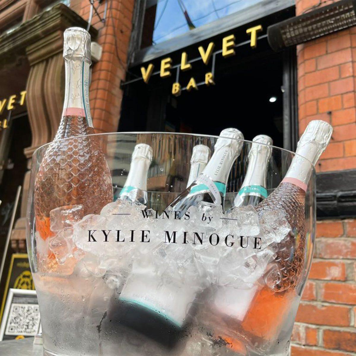 KMW Velvet bar jpg